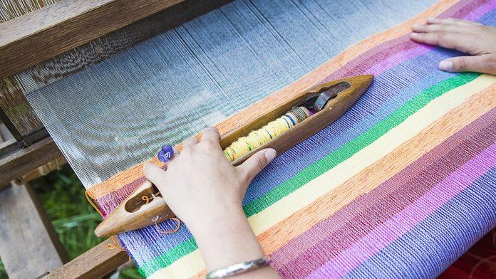 A kézzel készített ruhadarabok megváltoztatnak