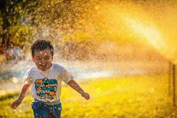 A boldogság titka a társas kapcsolatokon múlik