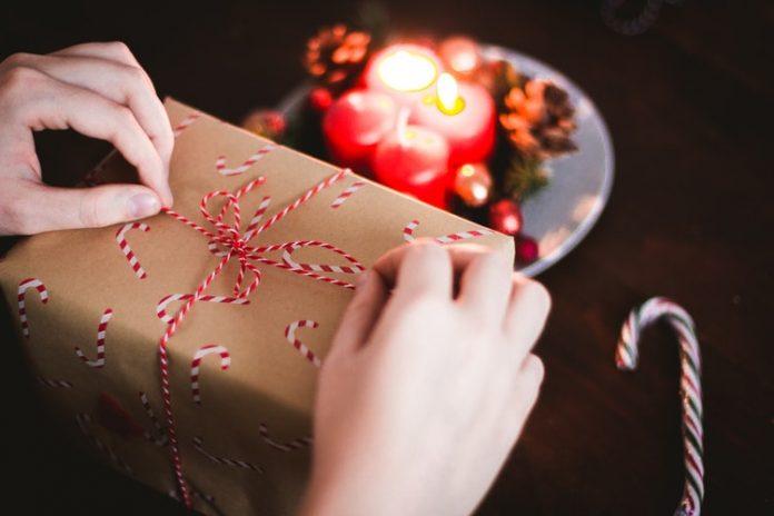 A karácsonyi ajándékok a szeretet kifejezésére szolgálnak