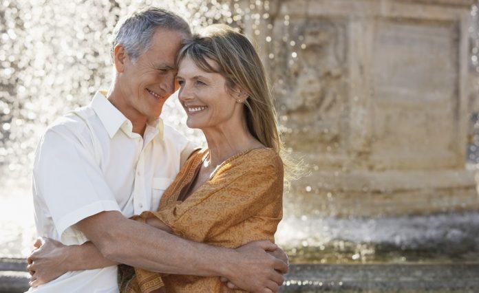 A házasságkötés megerősítse egy idősebb pár életére jó hatással lehet