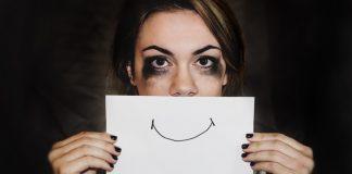 Az érzelmi és mentális kimerültség testi tünetekben is megmutatkozik