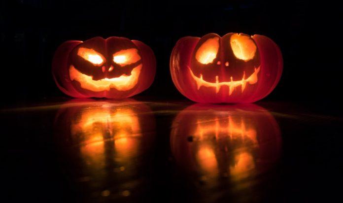 A helloweeni tök jó alapanyag a művészkedésre