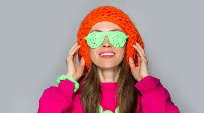 Erős divatbaki lehet, ha túl sok neonszínt öltünk magunkra
