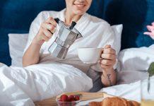 Bárcsak mindennap ágyban ihatnánk a kávét - vagy valami mást!