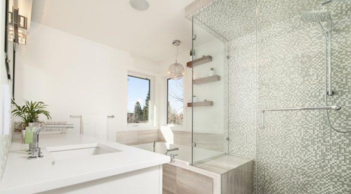 A fürdőszoba dekoráció feldobja a mosdó hangulatát