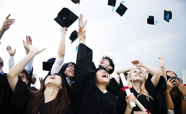 A diplomaosztó ajándék sokszor egy életre szól