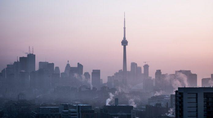 A légszennyezettség hatása a városi embereket sújtja leginkább