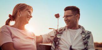 randevú 25 év házasság után első bevezetés a társkereső oldalon