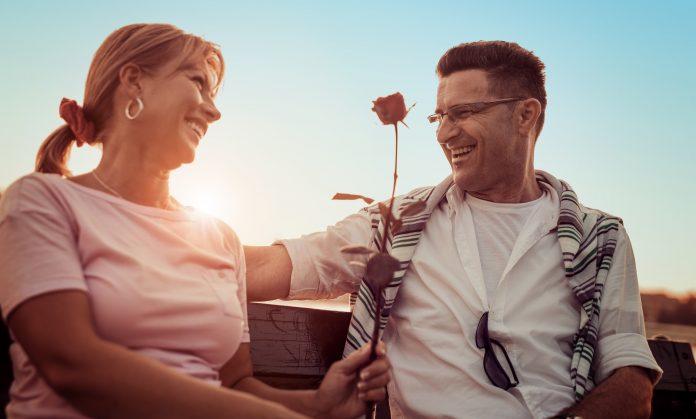 Az 50 feletti randizás körül sok a tévhit
