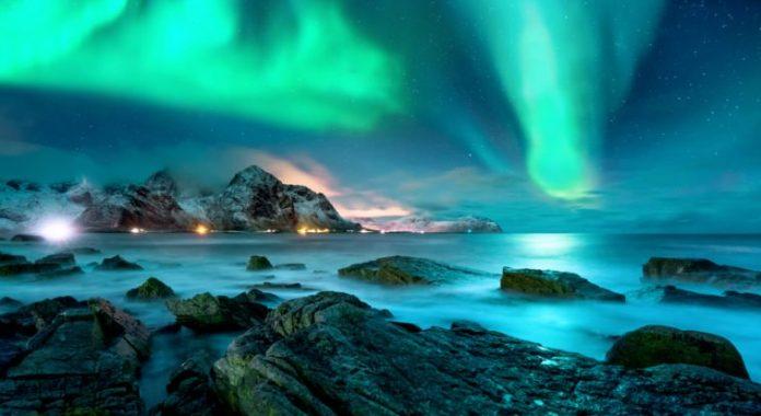 Természeti csoda a fények játékával