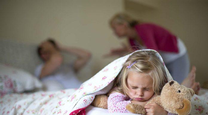 A boldogtalan házasság jelei komoly károkat okozhatnak a gyerekre
