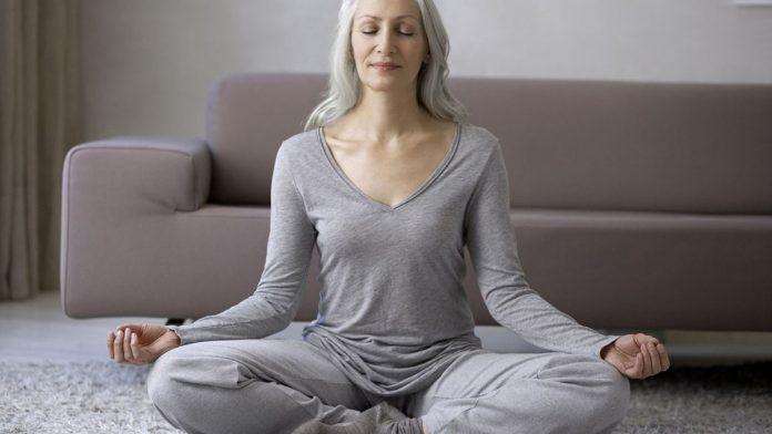 Online jóga órákkal az egészségedért