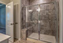 5 érv a zuhanykabin választása mellett